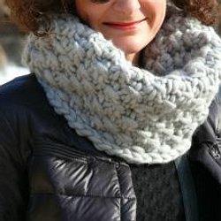 7cb9bd0d493c Modèle facile et rapide à tricoter! Réaliser un châle magnifique au ...